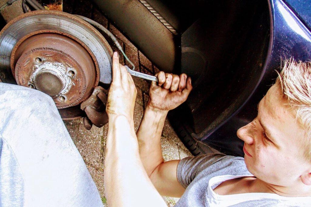 Kfz-Techniker, ein Handwerk nicht nur für Männer